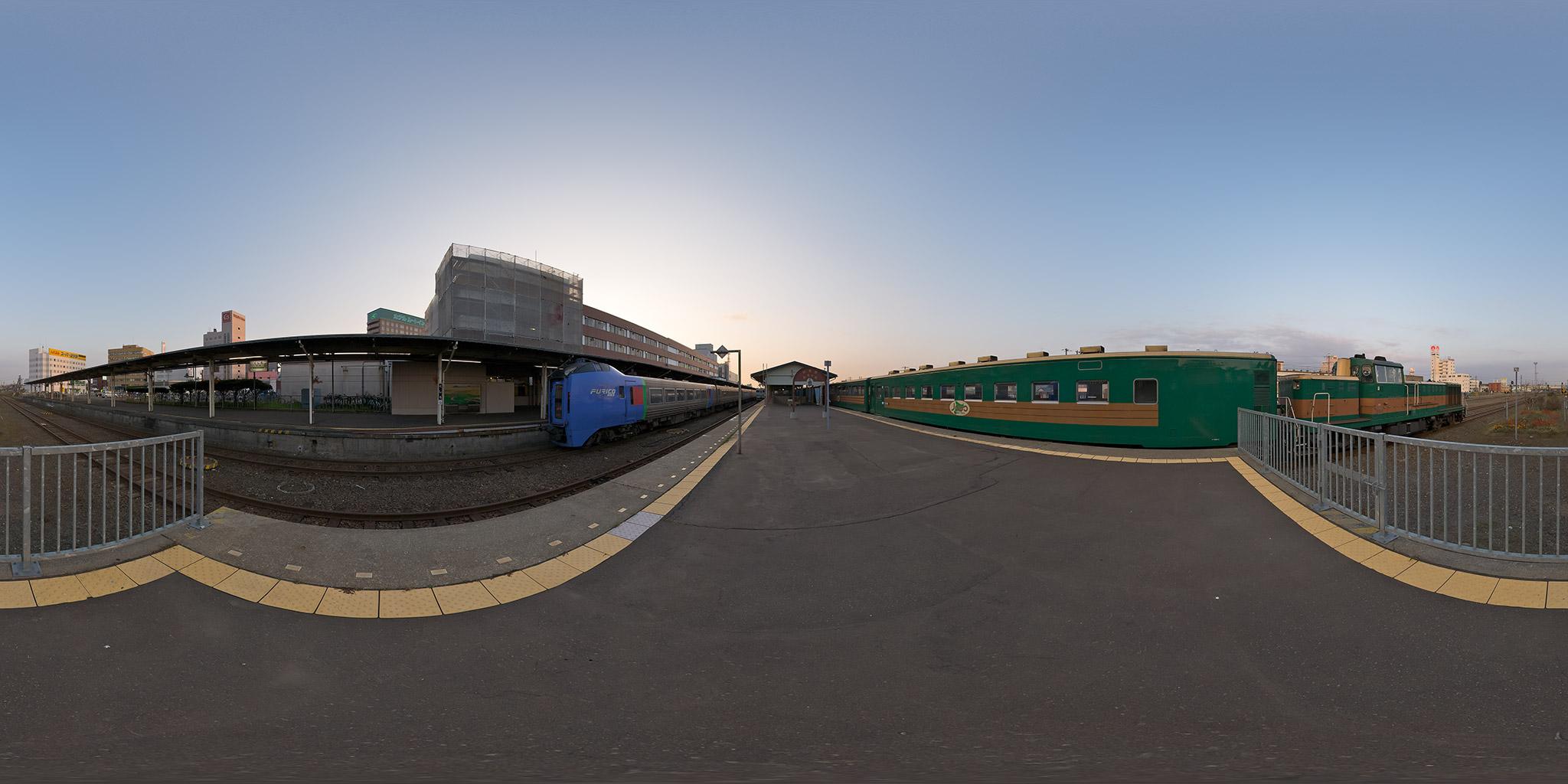 定刻で釧路駅に到着した2429D