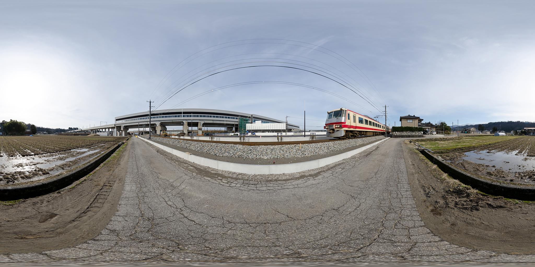 建設中の新黒部駅と黒部宇奈月温泉駅