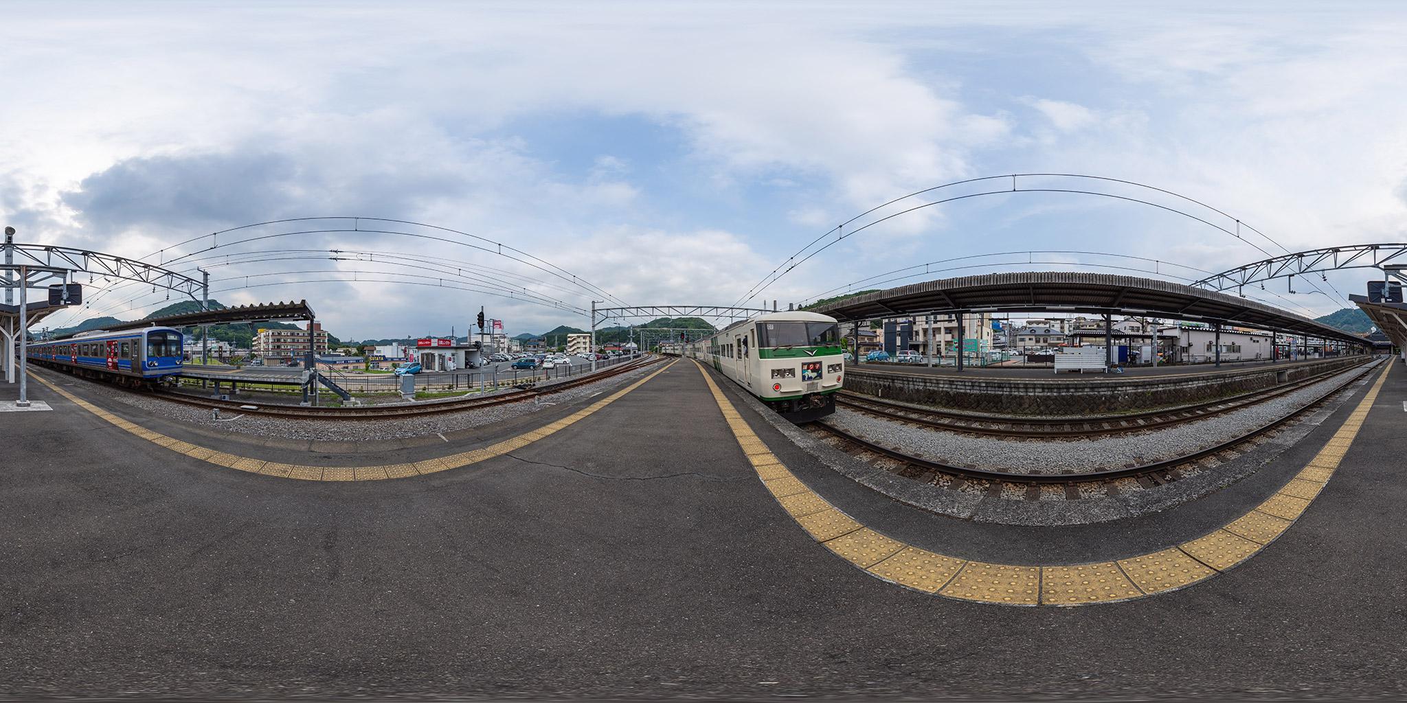 修善寺駅にて185系C1編成「踊り子」号